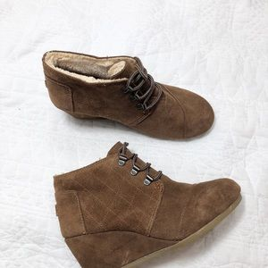 Tom's Kala brown suede wedge booties 6.5
